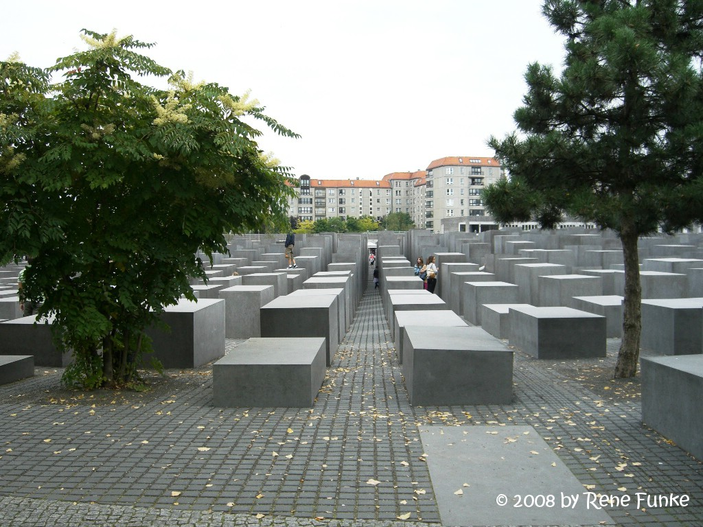 holocaustmemorial2